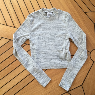 H&M Long Sleeved Crop Tee